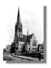 Die Heiligen-Geist-Kirche kurz nach ihrer Fertigstellung, um 1908
