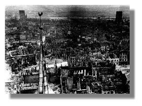 Zerstörte Innenstadt, Blick von St.Marien, um 1942