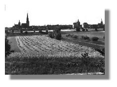Panorama mit den Türmen der vier großen Kirchen, um 1940