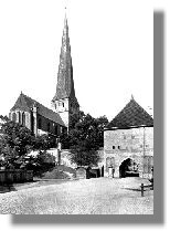 St.Petri mit Petritor von Osten, ca.1930